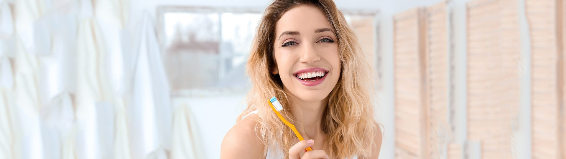 How Veneers Can Brighten Your Smile and Boost Your Confidence